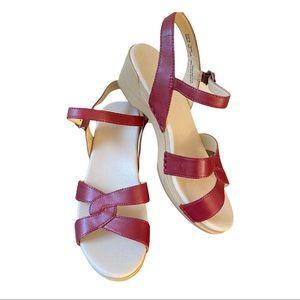 Dansko New Women's Karmen Sandal Leather Red size 38